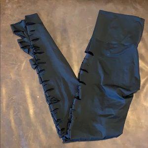 teeki Pants - Teeki slash jimi legging size small